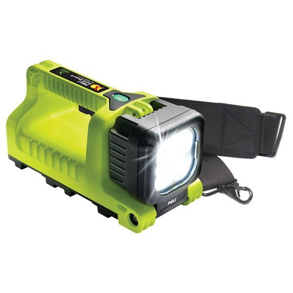 PELI 9415Z0 Flashlight