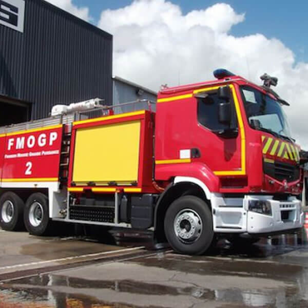 Sides High-Power Urban Fire Truck