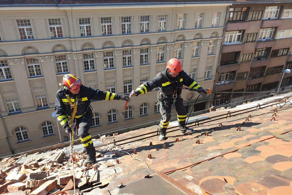 Zagreb's heroic firefighters honoured