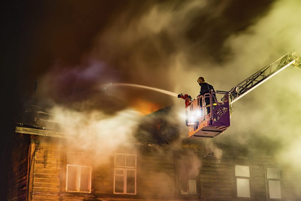 Eaton system solution eliminates boom bounce on aerial fire trucks